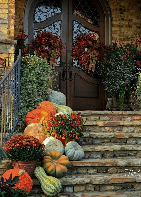 Attractive Fall Decorating Ideas for Your Replacement Windows